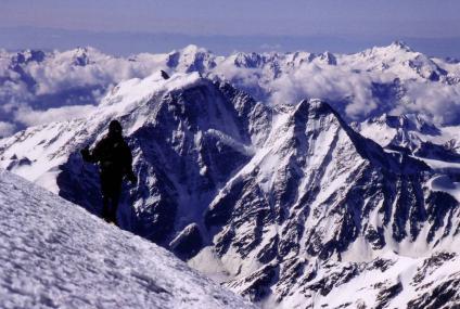 הר אלברוס - טיפוס אל הפסגה הגבוהה באירופה
